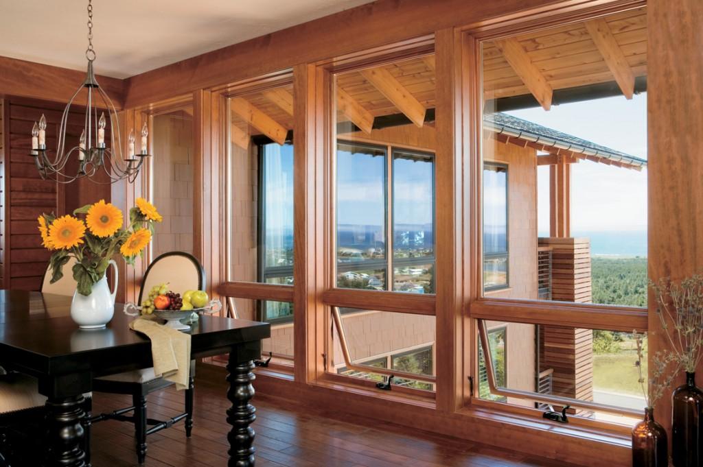 Fenêtres à auvent et fixes en bois de pin AuraLast.