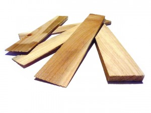 A pile of thin strips of wooden wedges.