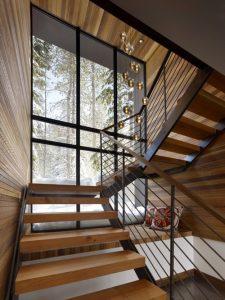 Fenetre avec les escaliers